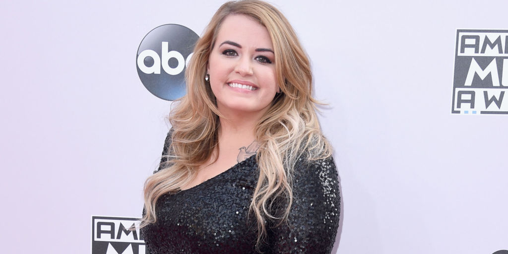 anna todd american music awards interview one direction. Black Bedroom Furniture Sets. Home Design Ideas