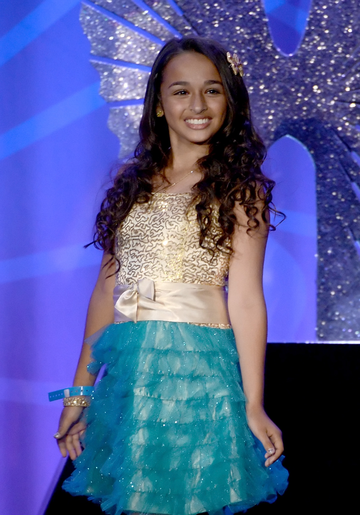 14 Year Old Transgender Activist Jazz Jennings Gets Her