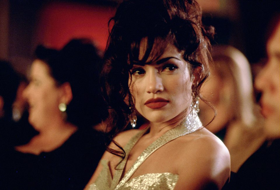 Who Played The Mom On The Movie Selena 48