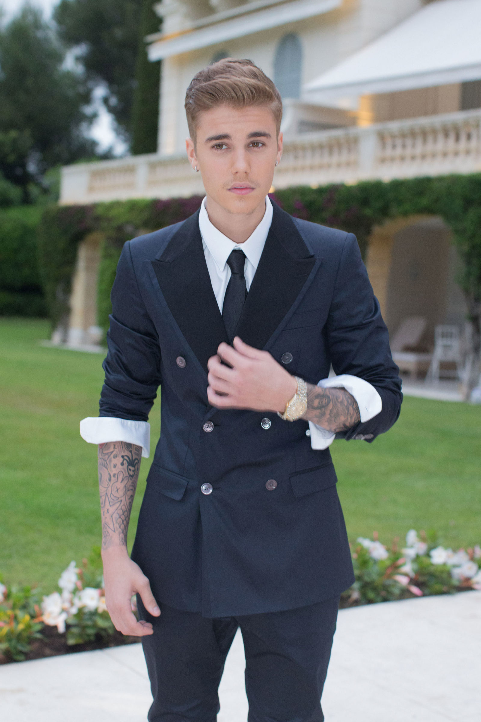 the gallery for gt justin bieber in a suit 2014 instagram