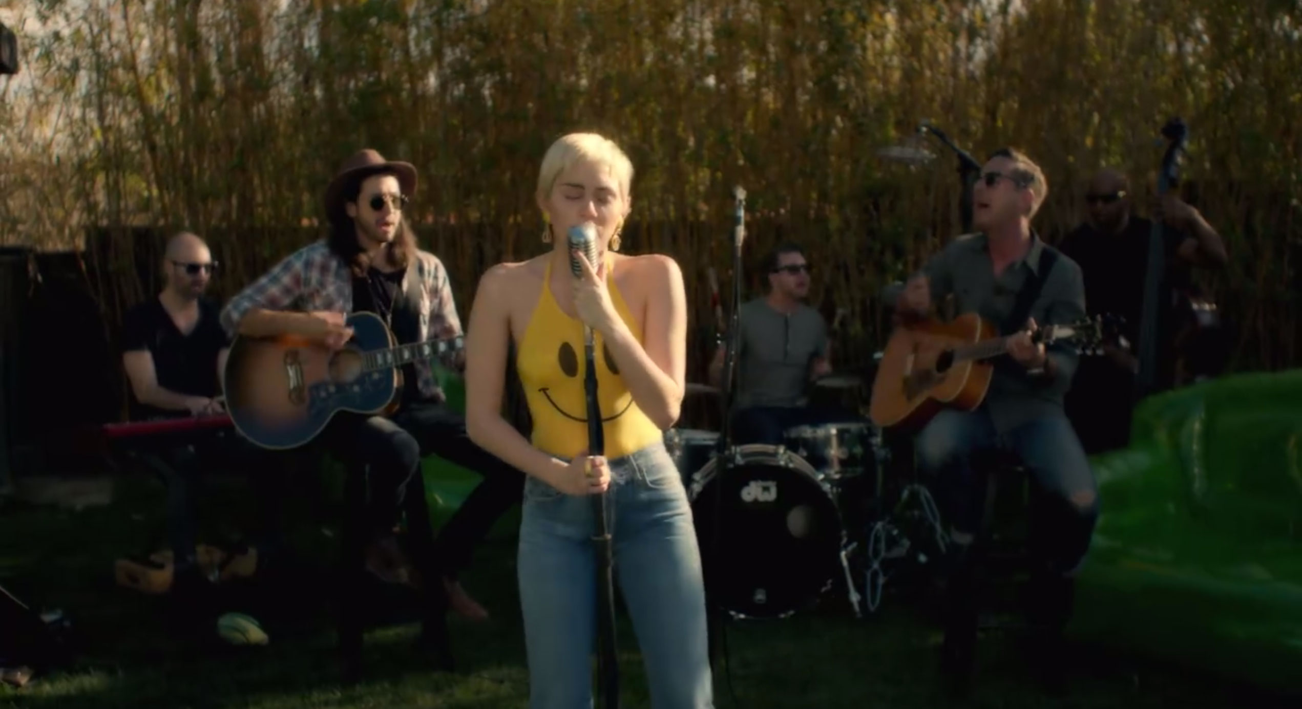 listen to miley cyrus 39 s final gorgeous backyard sessions