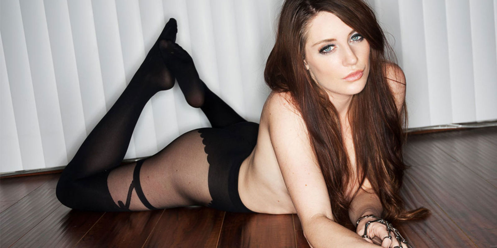 You give samantha bentley a pov facial in las vegas 8
