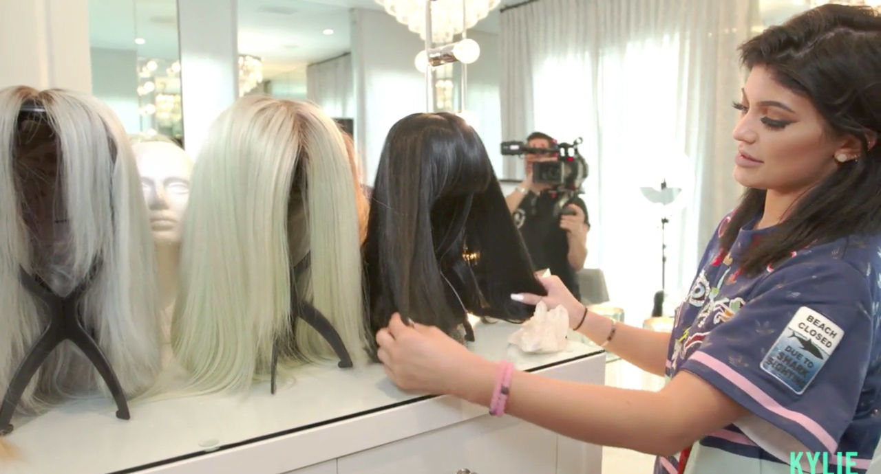 Kylie\'s Glam Room Tour Favourite Features - Cosmopolitan