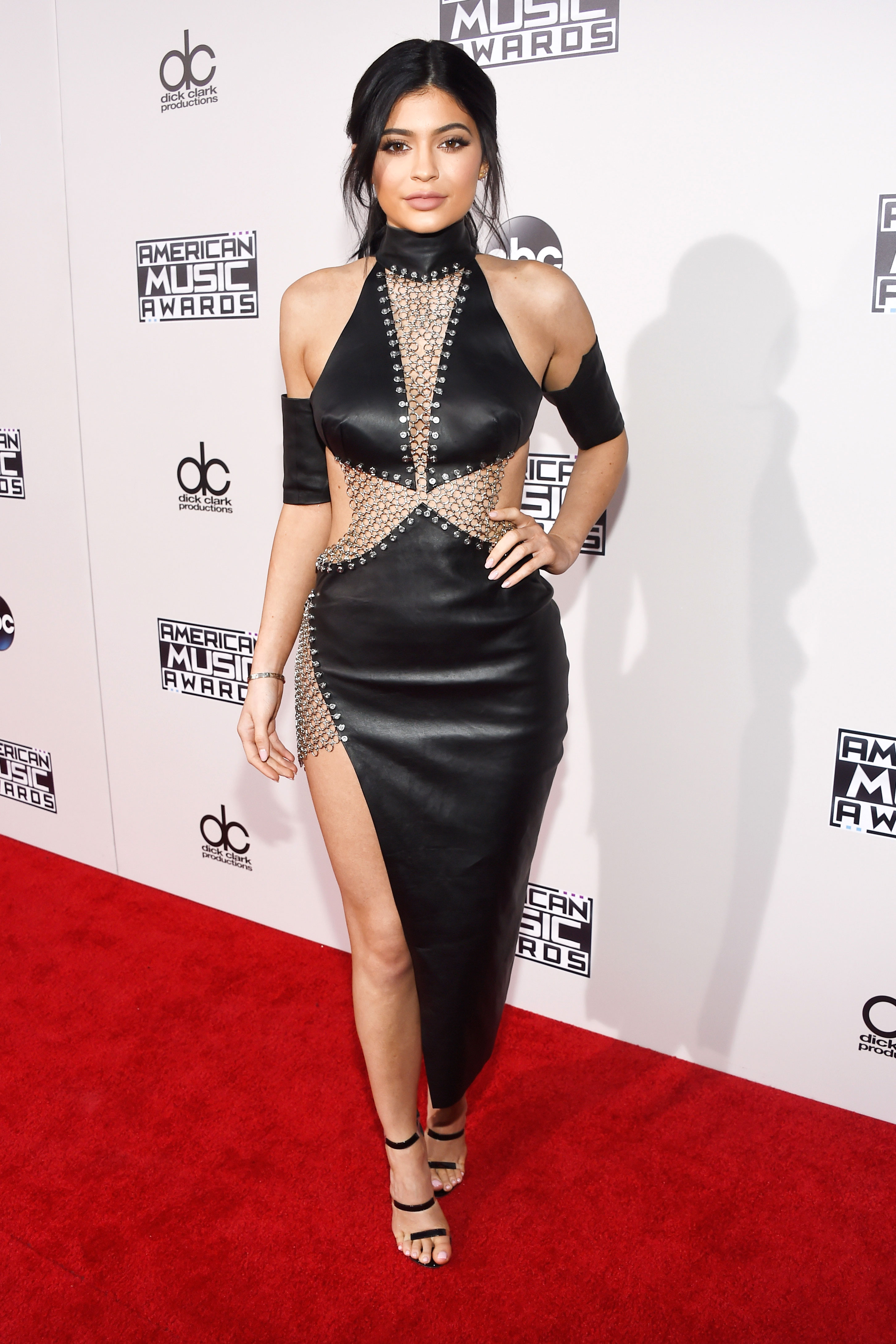 See All the Best Looks From the 2015 American Music Awards