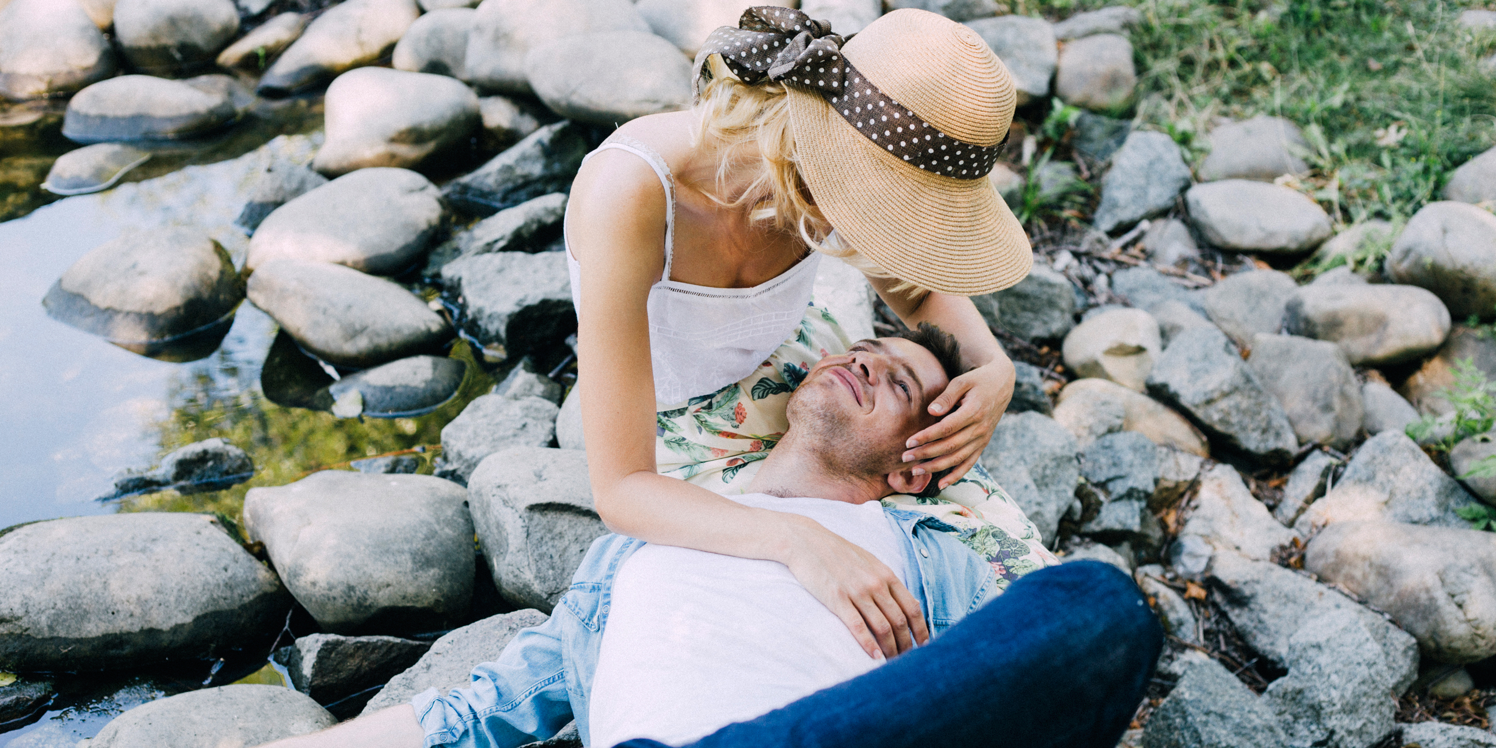 how to stop attracting emotionally unavailable men