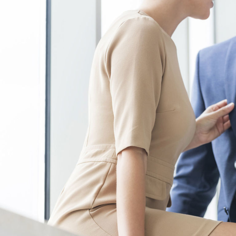 rules on dating co workers Tips on dating a coworker dating a coworker can harm your career and rules for dating coworkers may even get you charged how to ask a coworker out on a date withask your mentor at work if you have one, tips on dating a coworker for his or her advice.