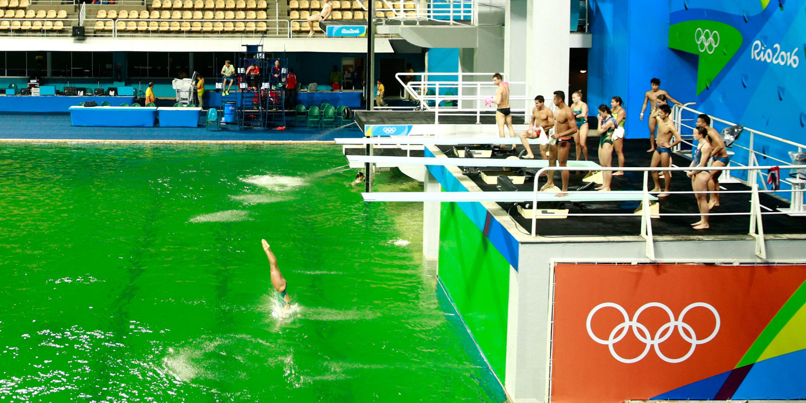 Here 39 S Why The Olympic Pool In Rio Turned Green