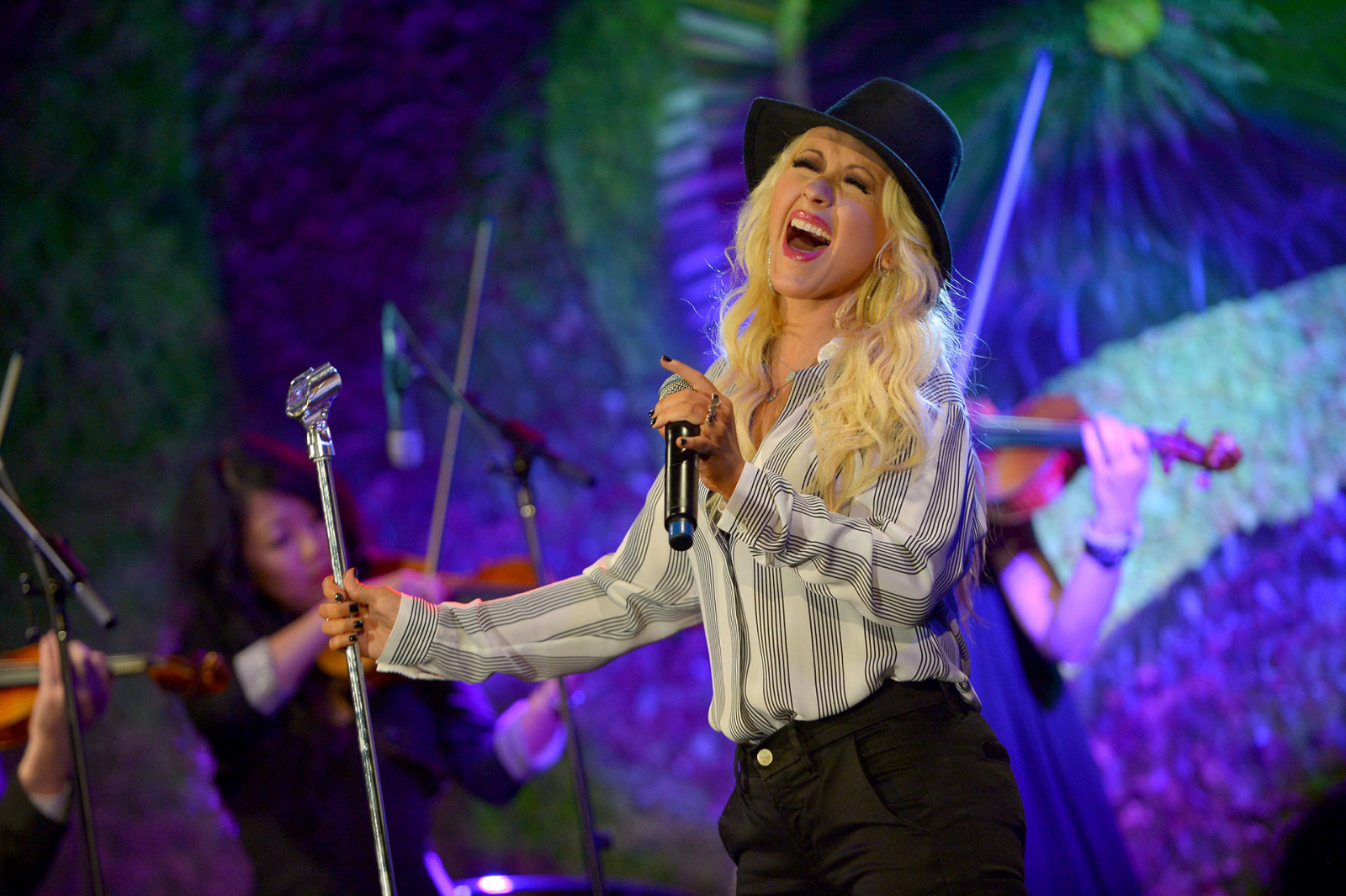 Christina Aguilera Offers Up Amazing Advice on How to Keep
