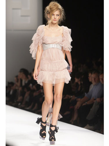 Romantic Fashion Trend for Spring 2010