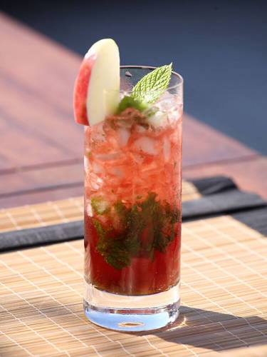 APPLE & PINK JULEP | www.drinks.ng