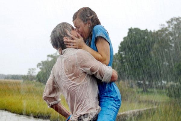 The Notebook - Tårdrypare som ger er sexiga och heta scener i regnet.
