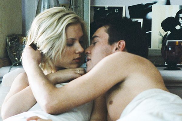 Match Point - Sexiga Scarlett Johansson och Jonathan Rhys Meyers får till det varandra i denna lite spektakulära film.