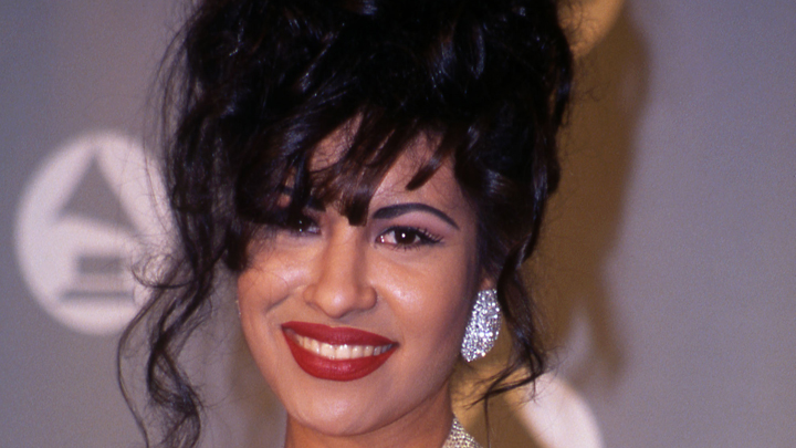 a biography and life work of selena quintanilla perez a mexican born american singer Selena gomez biography body measurements favorite color book fruit shoes bra size  joanne jk rowling biography life style physical measurements bra size.