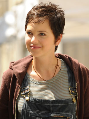 Anna Faris New Short Brown Hair Picture Pic Of Anna