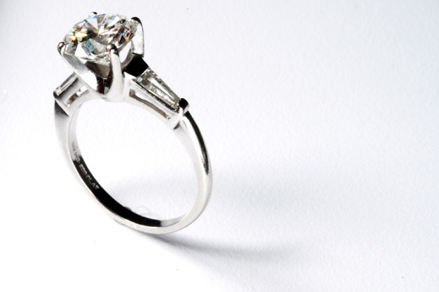 Cheap Engagement Rings Women Dont Want Expensive Diamonds